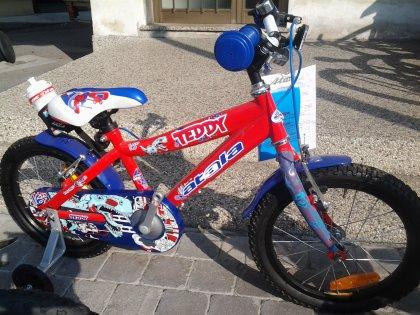 bici da bimbo Atala con borraccia  mod. Teddy Boy colore rosso/blu