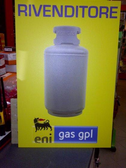 Distributore Bombole GPL