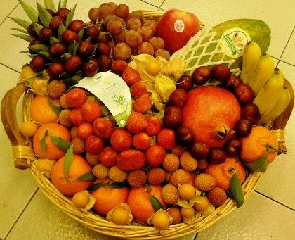 Esclusivi CESTINI NATALIZI con frutta e verdura.