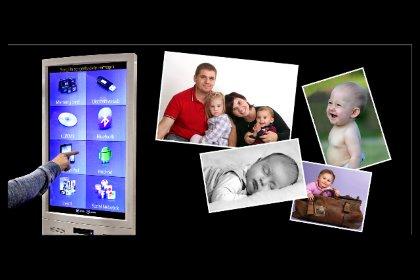 Avvicina il tuo cellulare al nostro chiosco e stampa subito e in self service le tue foto ad alta definizione... A San Daniele e Majano