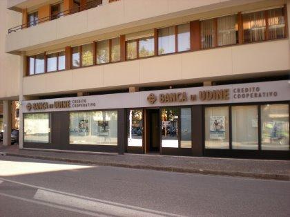 Vieni in via Zoletti a conoscere i nostri servizi. Banca di Udine: a pochi metri da te