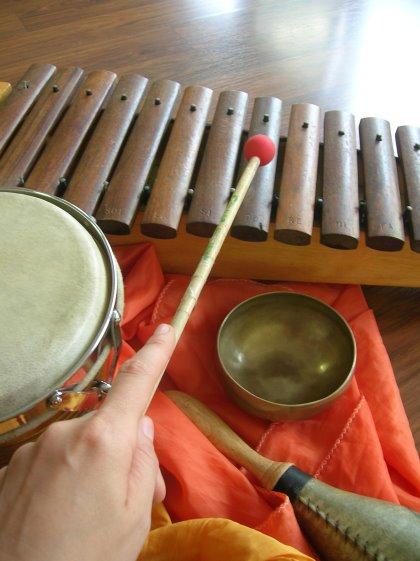 Musica allo specchio - Laboratorio di creatività musicale ed educazione alle emozioni