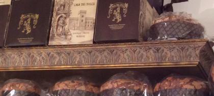 Panettoni artigianali di altissima qualità. Scopri i migliori marchi nazionali. A San Daniele, da SQUISITO.