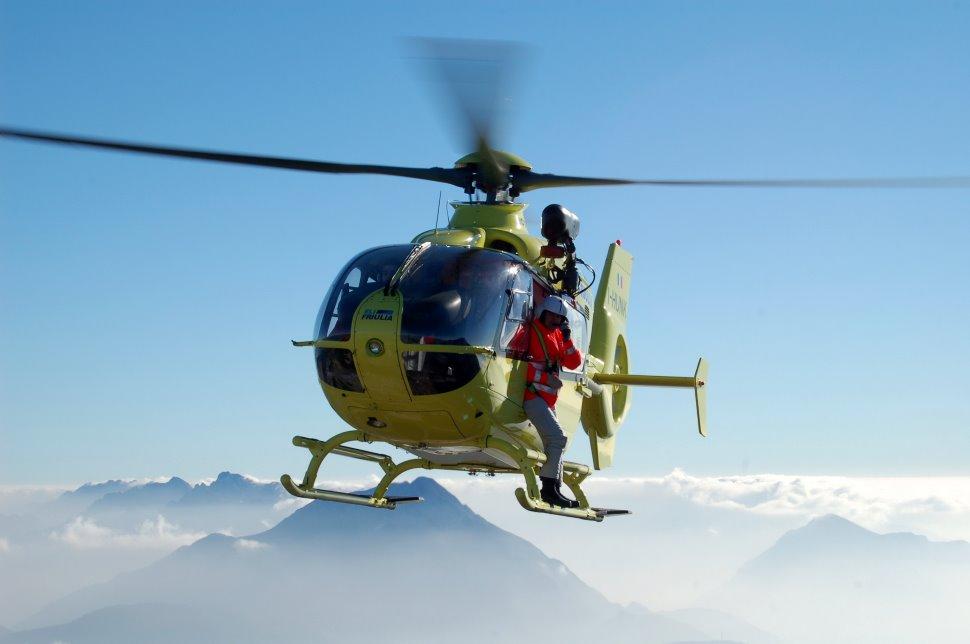 Elicottero E Aereo : Km al via il marzo i corsi di volo aereo ed