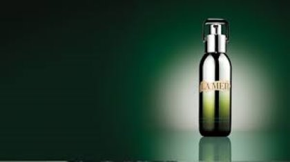 "La Mer ""the lifting contour serum"""