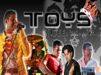 TOyS.....QUEEN COVER BAND!