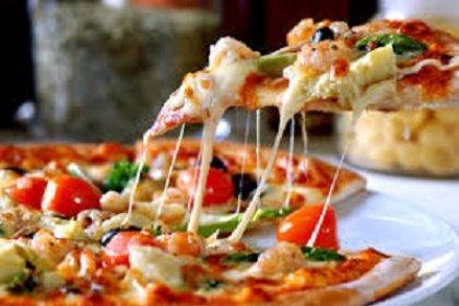ORA ANCHE LA PIZZA COTTA NEL FORNO A LEGNA E SE CONSUMATA IN SALA UNA BEVANDA OMAGGIO FINO AL 20.10.2014