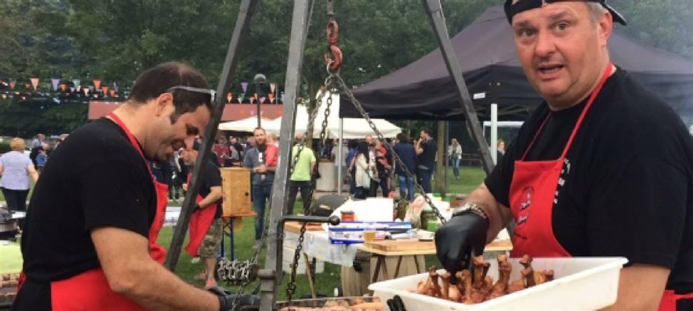 Sabato 31 agosto grande festa a Mortegliano con il 3° BBQ Contest. Carne alla griglia e molto altro. Vieni a festeggiare con tutto il paese