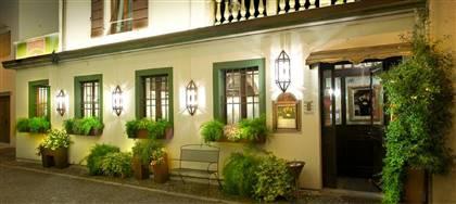 I pregiati vini dell'Azienda Venica&Venica accompagneranno il nostro nuovo menù di giugno