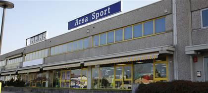 Siamo il negozio che chiunque pratichi atletica, running, trail running, pallavolo o calcio vorrebbe conoscere.