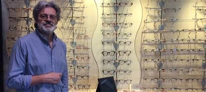 La tua vista non va in vacanza e nemmeno Ottica Allodi! Per i tuoi occhiali e le tue lenti vieni a trovarci. A luglio e agosto siamo aperti.