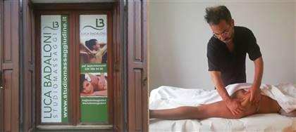 Stimola la circolazione e favorisci la disinfiammazione delle zone interessate dalla ritenzione idrica. Vieni nel mio studio massaggi