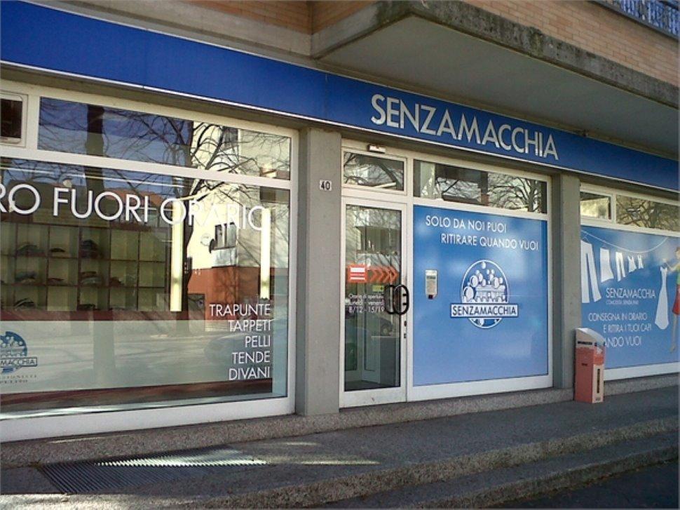 SENZAMACCHIA - Udine