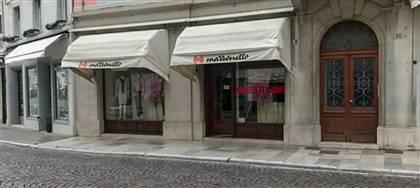 Mazzonetto Gorizia è ora Outlet aziendale. Taglie comode, occasioni fine serie e sconti fino 80%. Vieni a scoprirli
