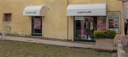 Vieni a scoprire le nuove collezioni Mazzonetto. Daniela e Giuseppina ti aspettano con utili consigli, taglie comode, capi scontati del 50%