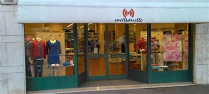 Mazzonetto Latisana è ora Outlet aziendale. Taglie comode, occasioni fine serie e sconti fino 80%. Vieni a scoprirli