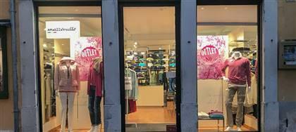 Mazzonetto Cividale è ora Outlet aziendale. Taglie comode, occasioni fine serie e sconti fino 80%. Vieni a scoprirli