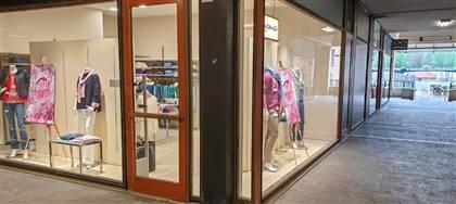 Mazzonetto Vittorio Veneto è ora Outlet aziendale. Taglie comode, occasioni fine serie e sconti fino 80%. Vieni a scoprirli