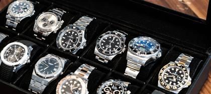Selezioniamo accuratamente i più prestigiosi orologi di secondo polso, massima qualità, patto di riacquisto.