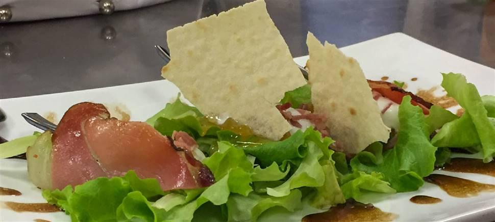 Un antipasto alternativo per i clienti del tuo ristorante? Abbina il nostro gelato gastronomico ai tuoi piatti salati. Chiamaci per collaborare