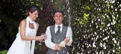 SERVIZIO FOTOGRAFICO con ALBUM LIBRO a partire da € 980. Per il tuo matrimonio da sogno