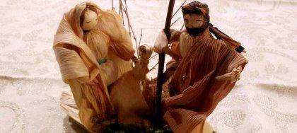 A Natale da Il Mulino - Bottega d'artigianato trovi ghirlande, lanterne, presepi della tradizione friulana