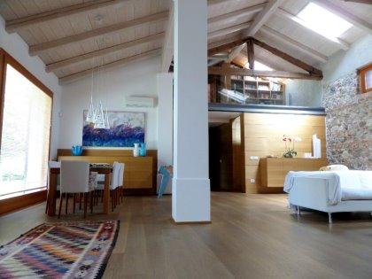 Casale/loft a Udine, vicinanze centro