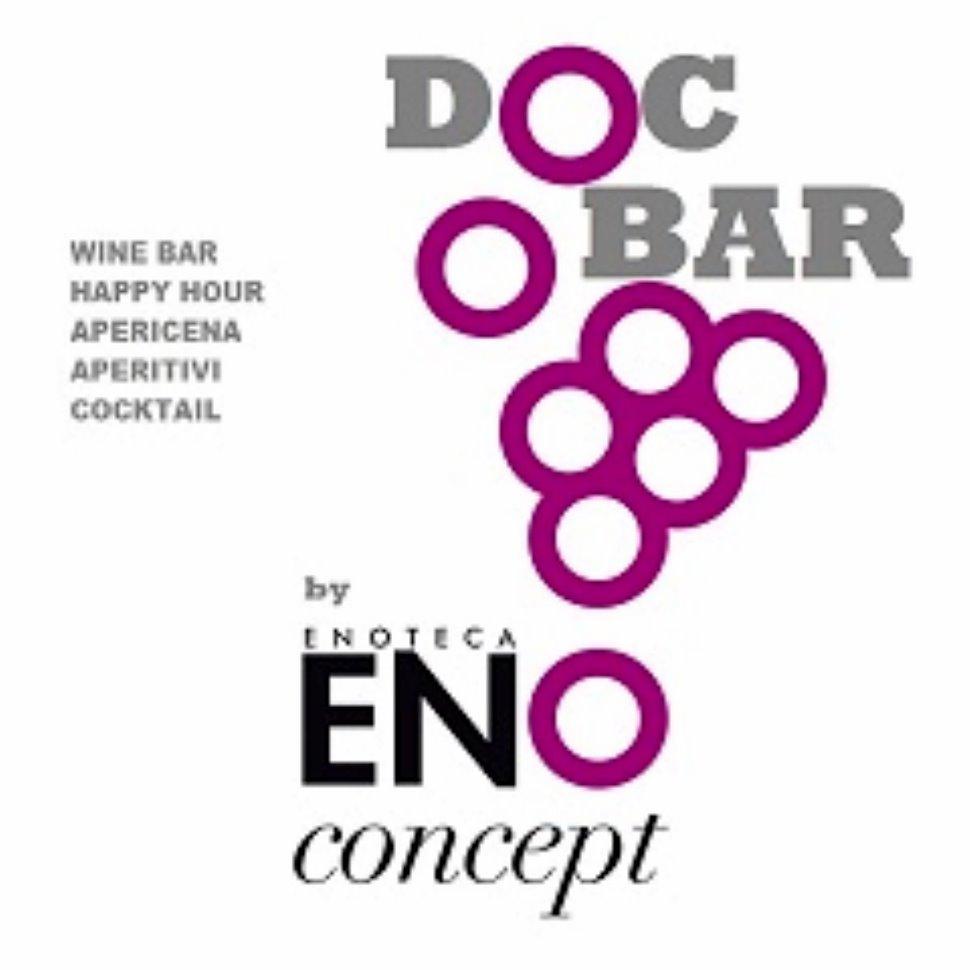 Al Doc Bar troverete circa 600 etichette di vini e un vastissimo assortimento di distillati.