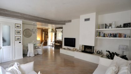 Casa terra-cielo a Udine, prima periferia nord-est