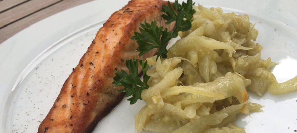 Abbiamo pensato a un Business Lunch che soddisfi le esigenze di chi pranza fuori casa per lavoro. Vieni a provarlo!