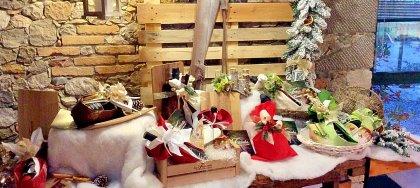 Festeggia il Natale con i cesti della Fattoria di Pavia: confezioni regalo con i nostri prodotti a km0.