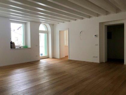 Appartamento a Udine, zona centrale