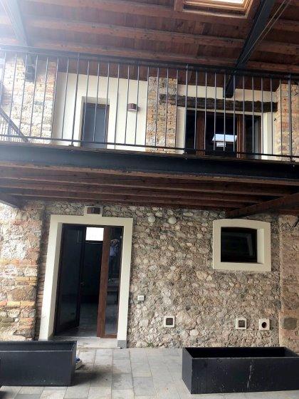Casetta bicamere in corte, frazione di Pasian di Prato