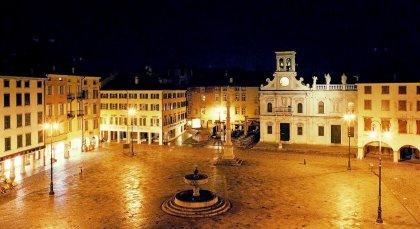 Mansarda a Udine, centro storico pedonale