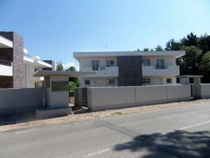 """Villa in bifamiliare a Feletto Umberto - """"White Residence"""""""